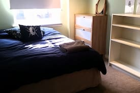Picture of Room for one near Craigmillar Castle