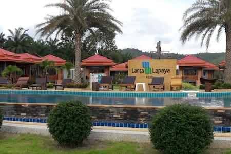 Lanta Lapaya Resort - Bungalow