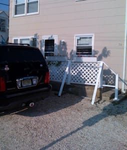 Ocean Block Home in the Lavallette Area - Weekly - Lavallette - Hus
