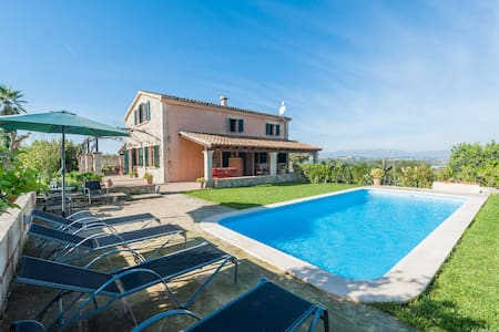 Bassa Rotja - Exclusive estate with tennis court - House