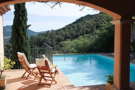 Villa in the hills of Plan-de-la-Tour - Villa