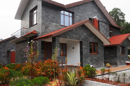 2BHK bungalow in scenic Gopalpur, Dharamshala - Bungalow
