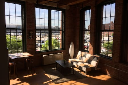 Fantastic Factory Loft, Downtown - Loft