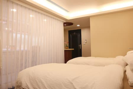 Perfect location for you in Taipei, Ximen MRT - Zhongzheng District - Apartment