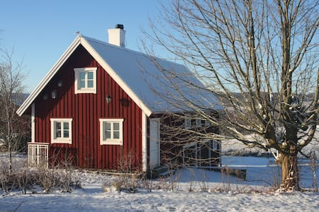 Farmhouse in Bjerrome. - Huis
