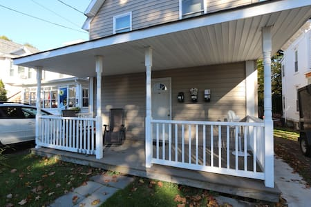 Remodeled One Bedroom Summer Vacation Rental - Oneonta - Apartament