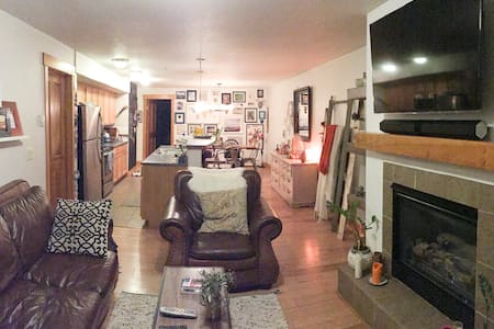 Eclectic Downtown Condo - Steamboat Springs - Condominium