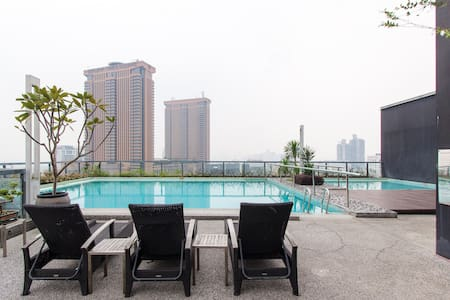 Charming Bukit Bintang Apartment KL - Apartment
