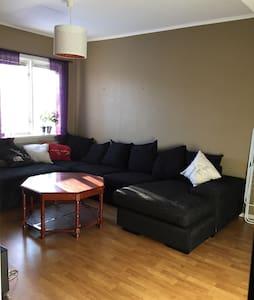 Trevlig lägenhet med bra läge! - Borlänge - Appartement