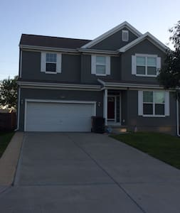 Clean and Quiet Home!! - Bennington