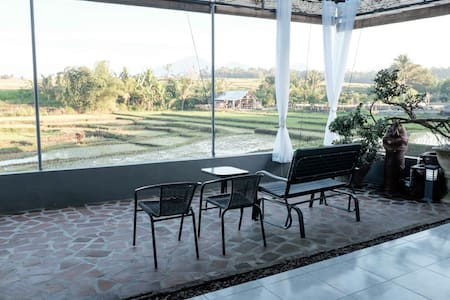 2BR house with rice field view (2) - Hus
