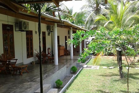 Liyana Triple Non AC Rm with Garden - Bungalow