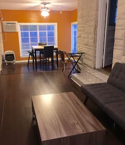 Cute 1 bedroom in Hyde Park - Austin - Apartment