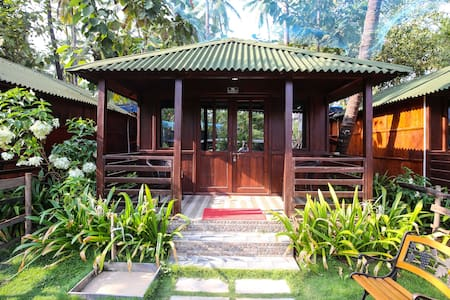 Luxury Cottage at Palolem Beach - Canacona - Blockhütte