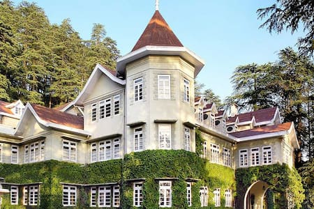 Heritage| Classic | Imperial room in Palace - Shimla