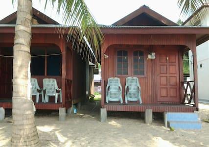 PERMAI CHALET TIOMAN - Chalupa