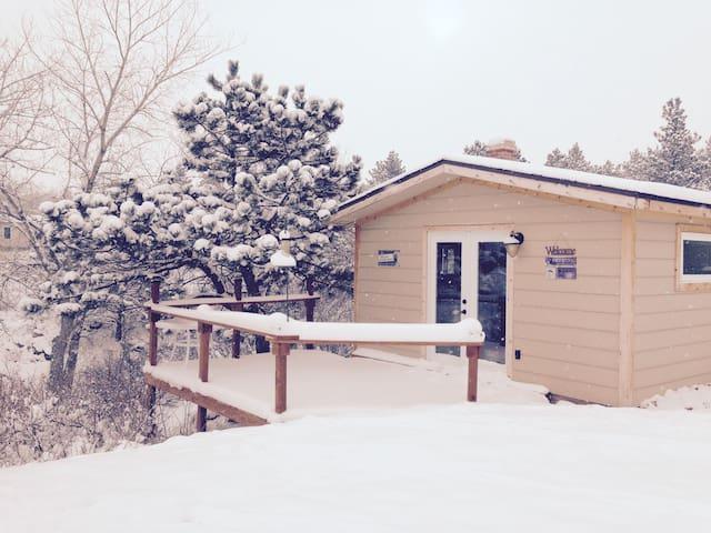 The Bear Peek Inn Cabins For Rent In Loveland