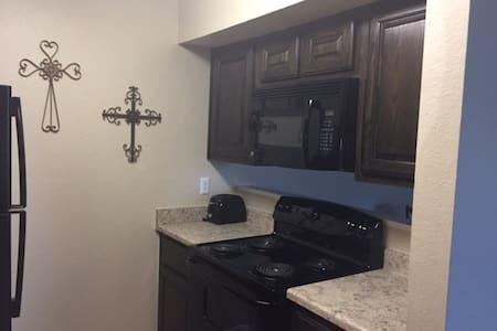 cozy & comfortable apartment for rent - Templ
