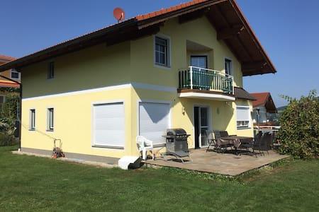 Großzügiges Haus im Salzburger Land - Obertrum am See