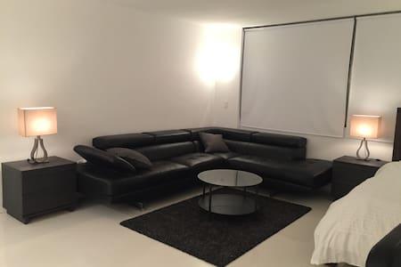 Modern & Stylish Studio in Brickell