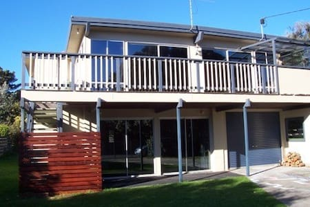 Sandy Dunes Beach House - Haus