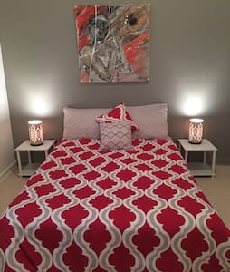 Bed & Breakfast in Treme! (Red Zen) - Bed & Breakfast