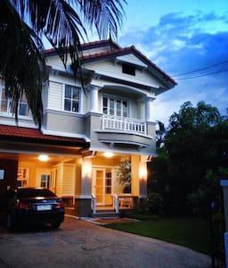 Mantana Village 129 #Garden home