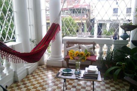 Casa Colonial ¨Vedado1920¨ - House