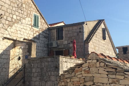 Charming apt in the heart of Vis   - Duboka