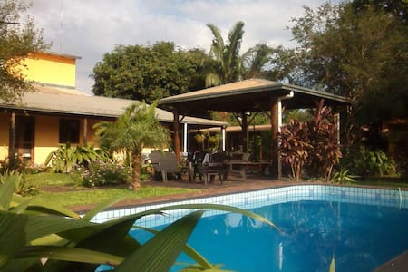 Los Tangueros B&B Puerto Iguazu - Bed & Breakfast