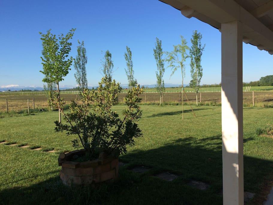 Il nostro giardino visto dal portico