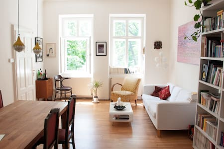 Sunny apartment in best area - Wien - Wohnung