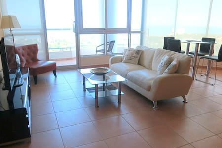 17th Floor Spacious 2 Bedroom Pacific Ocean Views - Playa Coronado
