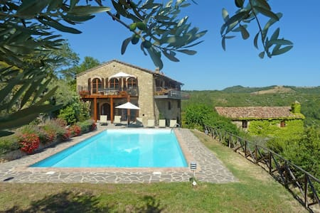 Le Vignaie - Relaxing villa with incredible views - Maison