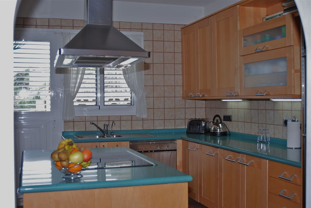 Fully equipped kitchen upstairs