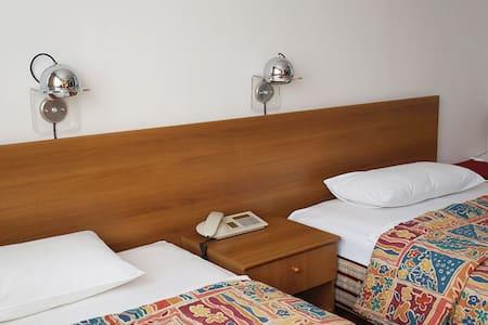 Hotel Grand - Family Room / Apartment - Sarajevo