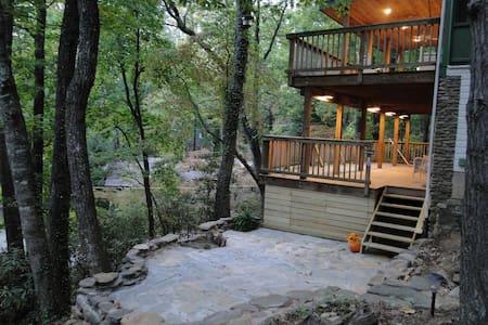 Treetop Treasure - Haus