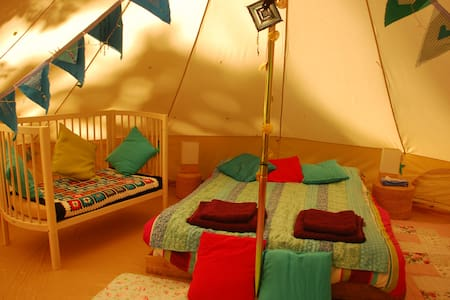 The Beautiful Woodland Bell Tent - Tält