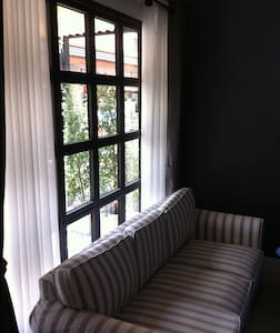 Room by the street @ Tha Pae Gate - House