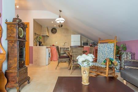 Preciosa  Buhardilla - Numancia de la Sagra - Apartament