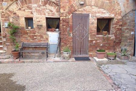 """Vintage"" - Siena - House"