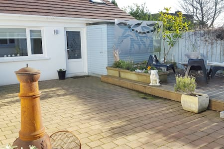 Detached Self Contained Bungalow - Belfast