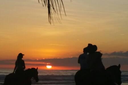 Hermosa Casa  de Playa - Bejuco