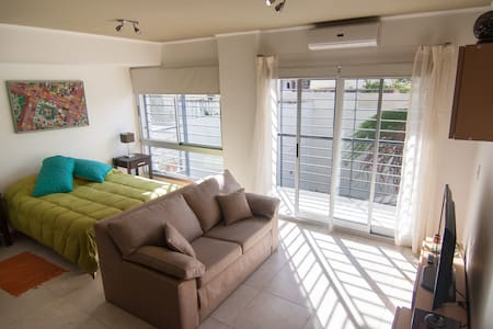 Exclusive Studio near Palermo WIFI, Laundry. - Buenos Aires - Lejlighed