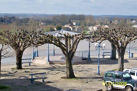Gîte coté Garonne - Apartment