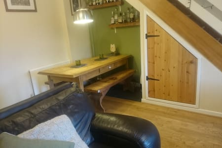 Modern, cosy, central with the best views in town - Llanberis - Hus