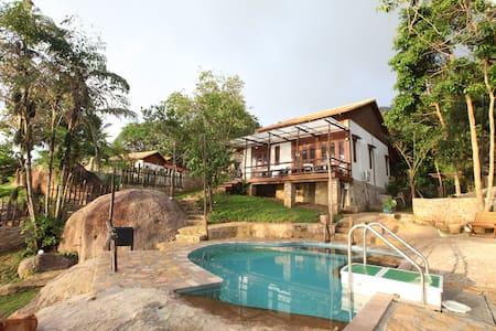 Chez Vu Phu Quoc traditional style house - tp. Phú Quốc - Vila