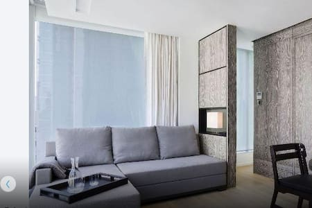 Designer Apart Free Service Central - Hong Kong - Apartment