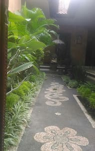 Private homestay room 1 - gianyar - Bed & Breakfast