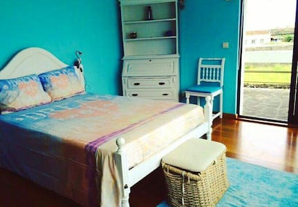 Quarto- Mar (Surf & Guest House) - Ev